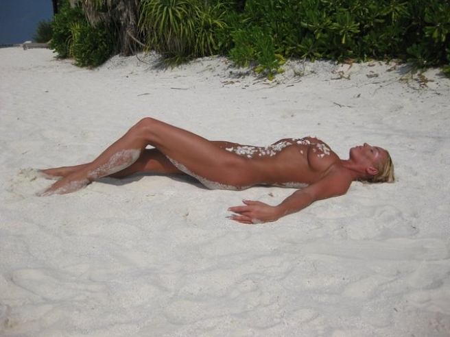 На сайте присутствуют просто эротические фото Анастасии Волочковой, а.