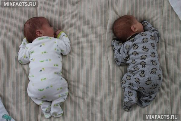 Можно ли новорожденному спать на животе полезно или нет