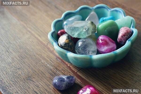Какие камни подходят Весам-женщинам защититесь от бед при помощи талисмана