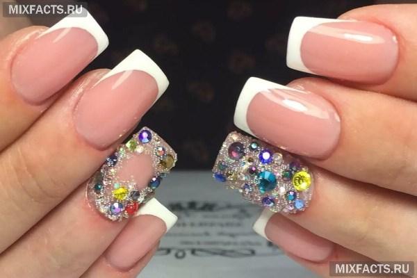 Френч с камнями – идеи дизайна и фото на ногтях