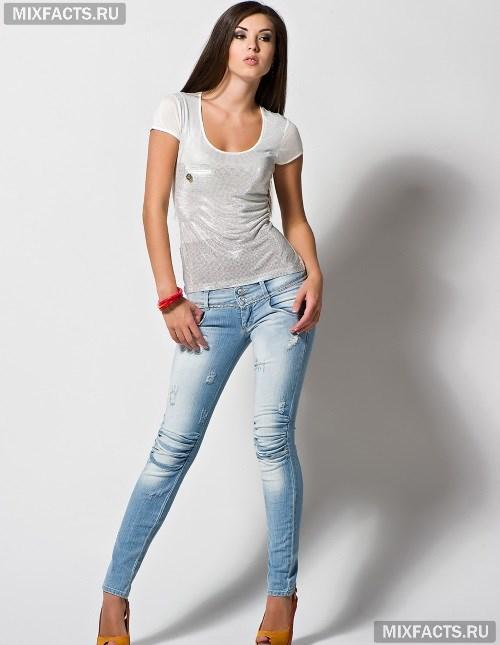 7d62e85451a9 С чем носить светлые джинсы? (фото)