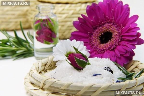 Ванна с морской солью – польза и вред для взрослых и детей