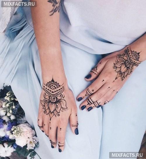 рисунок на руке мехенди фото