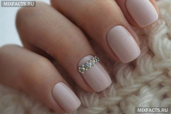 Лучшие нежные тона для маникюра на короткие ногти