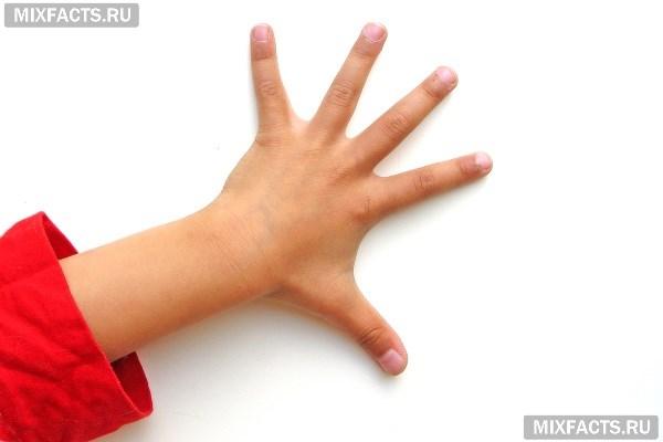 Облазит кожа на пальцах рук у ребенка