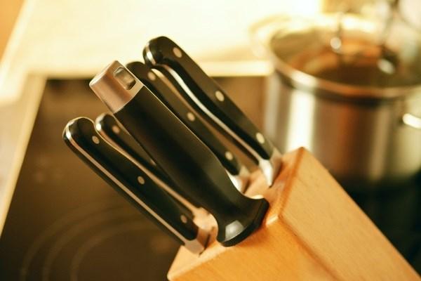 Какую лучше купить подставку для ножей?