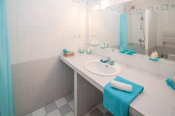 Декор ванной комнаты плиткой - позитив дизайна да особенности декорирования
