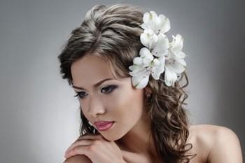 Фото прически на средние волосы (100 примеров) Женские прически 32